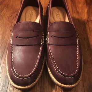 Sperry Seaport Penny Loafers Wmns 7.5 (plum)